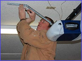 Neighborhood Garage Door Service Providence, RI 401-237-7664